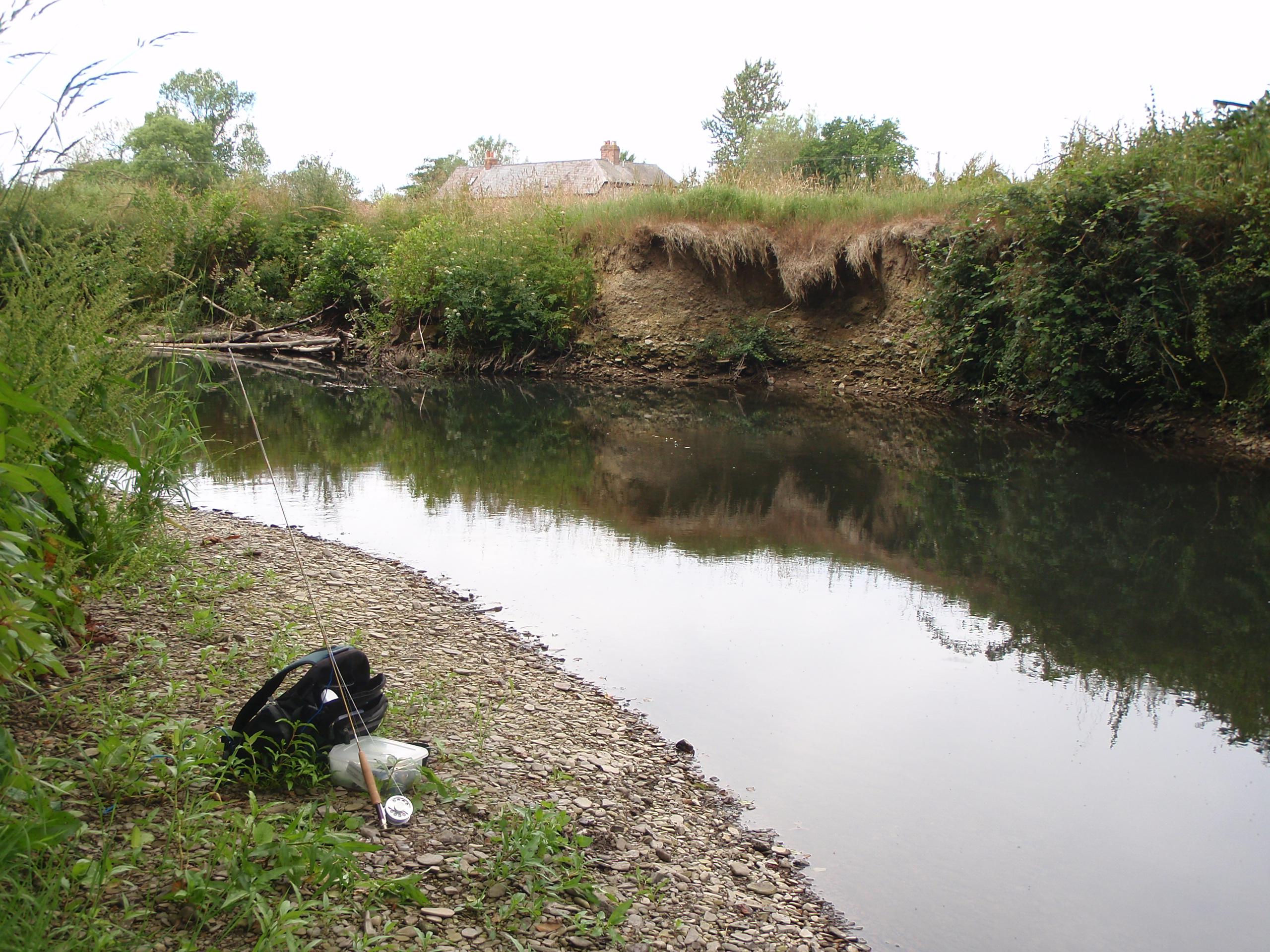 Small stream fly fishing small streams big challenge for Small stream fly fishing